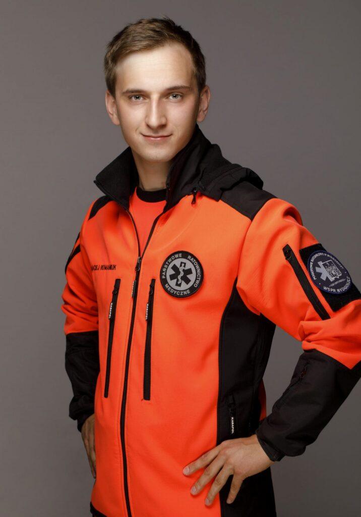 Ratownik medyczny Maciej Romaniuk